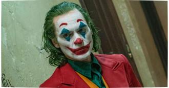 [Review] Joker – Tiếng cười cay đắng của gã hề