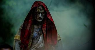 [Review] Ngôi đền kỳ quái – Super lầy lội