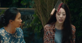 [Review] Tân vui hài kịch – Góc khuất chân thực của nền giải trí hàng đầu châu Á